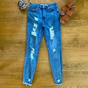🎉Tinseltown high waisted factory distressed B3-30